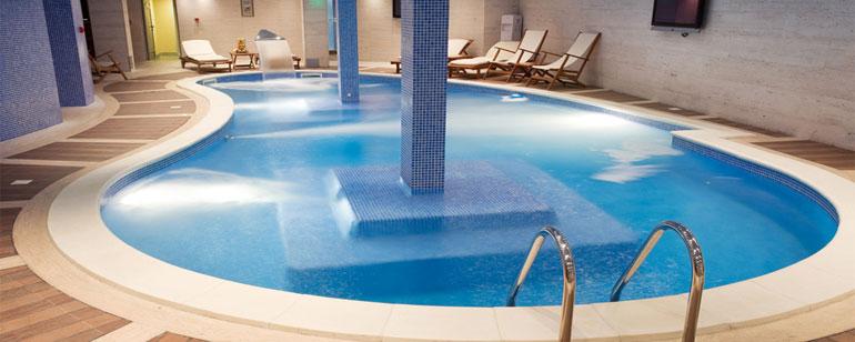 Zwembad waterdicht maken