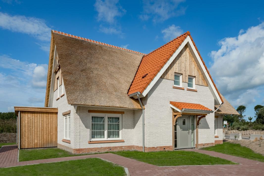 noordzee-beach-village-nieuwvliet-bad-15541075235ca1cc8308ee43.14851085