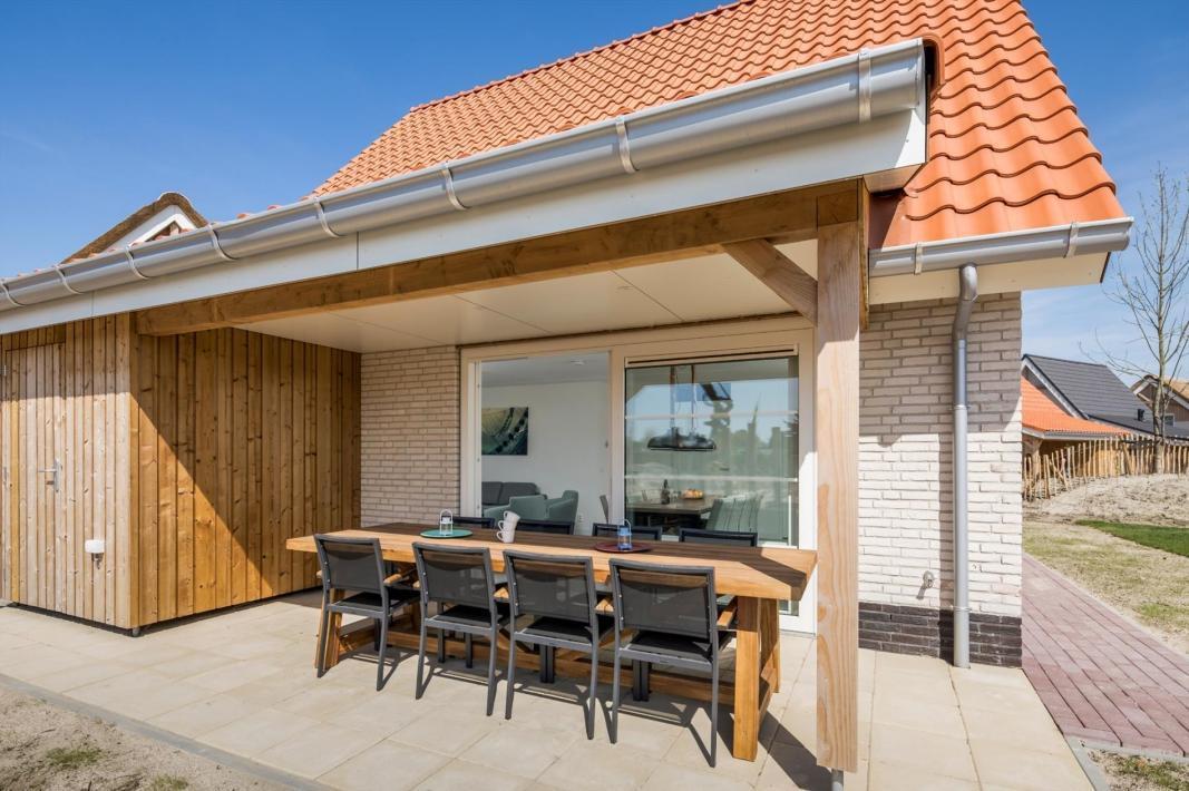 noordzee-beach-village-nieuwvliet-bad-15574699235cd51ae3364358.52230011